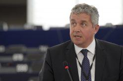 Comisia Europeană sprijină sectorul apicol din România cu peste 3,6 milioane de euro pe an