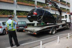 Vasile Dîncu și-a ținut promisiunea dată lui Boc. Guvernul Cioloș a dat liber Primăriilor la ridicarea mașinilor parcate ilegal. Vezi ce se spune în hotărârea adoptată de Guvern
