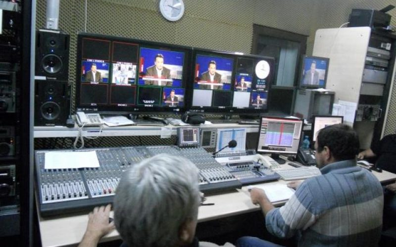 Scandal la TVR Cluj. Angajații cere demiterea directorului Romeo Couți