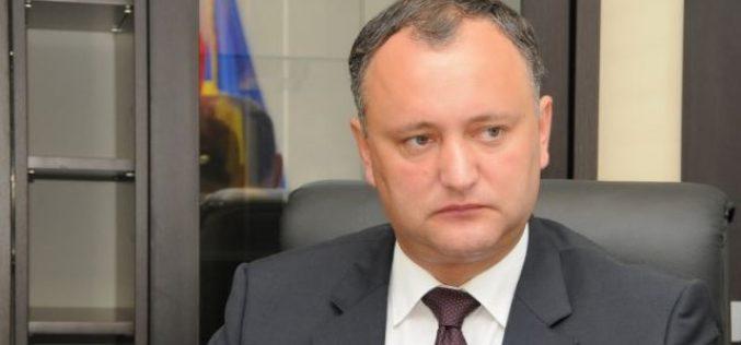 Igor Dodon a semnat decretul privind retragerea cetățeniei lui Traian Băsescu