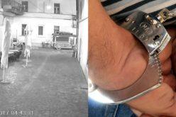 Cei mai căutați tâlhari din Cluj, au fost înhățați de oamenii legii vineri seara. Un cetățean i-a recunoscut dupa imaginile difuzate în media