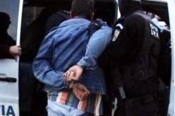 Au atacat și lovit un bărbat pe stradă pentru un telefon. Tinerii, care sunt din Bistrița-Năsăud, au ajuns după gratii