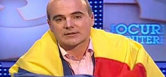 Rareș Bogdan anunță anticipate în 6 luni, Traian Băsescu spune că așa ceva nu se poate. Care este strategia PNL-ului …