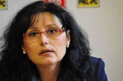 Se clatină serios scaunul de parlamentar al deputatului Steluța Cătăniciu. ANI a cerut, ieri, Legislativului vacantarea a trei mandate de parlamentari.
