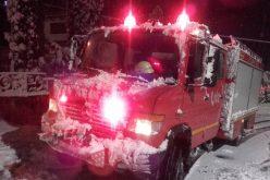 FOTO Copaci căzuți pe carosabil și fire de electricitate rupte. ISU Cluj a intervenit ieri noapte în 20 de situații de urgență