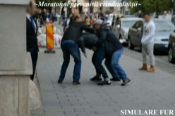 VIDEO Polițist local la datorie! A intervenit în timp ce polițiștii criminaliști simulau un furt în centrul Clujului