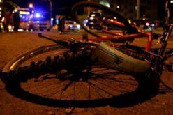 Un șofer fără carnet a ajuns după gratii, iar un biciclist la spital. Erau beți amândoi