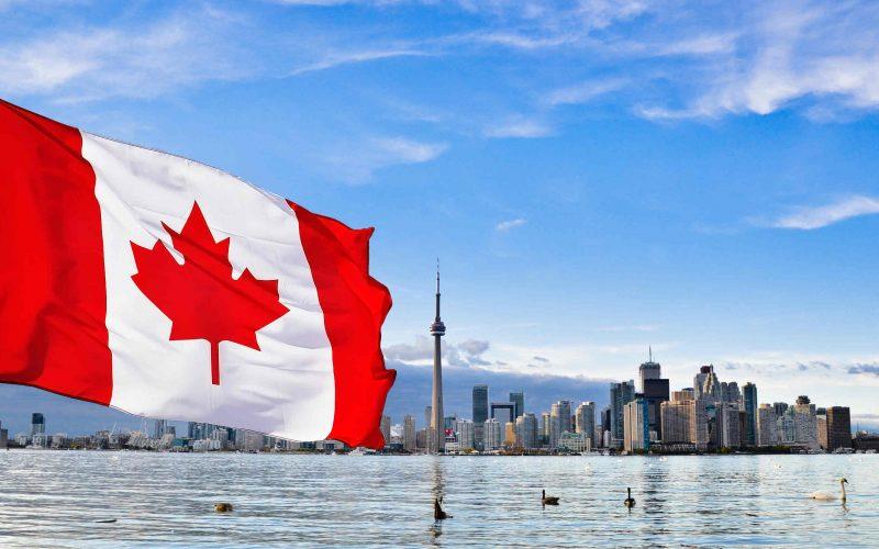 Grupările de crimă organizată și cerșetorii din România au luat cu asalt Canada. Parlamentari canadieni cer reintroducerea vizelor