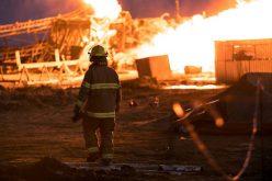 Incendiul de la Moftinu Mare: focul arde de mai bine de 10 zile! Pompierii au intervenit în forță în această dimineață!