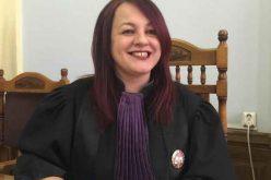 """Judecatoarea Adina Daria Lupea: """" Nu mai #rezist"""""""