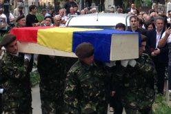 VIDEO: Peste 400 de persoane au condus-o, pe ultimul drum pe fosta disidentă Doina Cornea