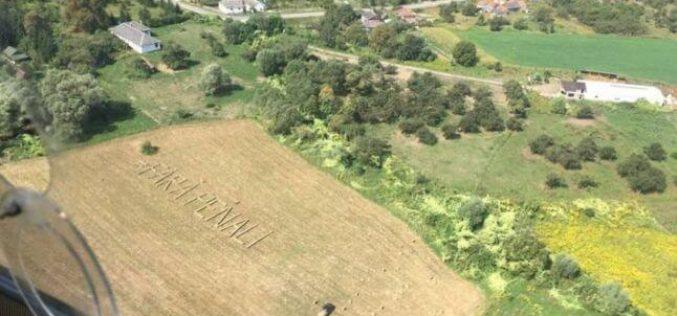 La Bistrița a apărut încă un mesaj anti-PSD vizibil din avion