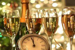 Super petrecere de Revelion 2018-2019 în Ungaria. La HAJDÚSZOBOSZLÓ, cel mai renumit hotelier din zonă,  Eva Palvolgyi, te ateaptă cu cele mai bune oferte. Vezi AICI