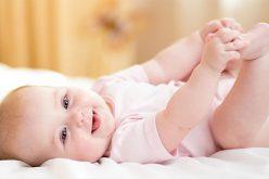 3 motive sa iti imbraci micutul cu un body pentru bebe
