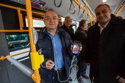 VIDEO/ 30 de autobuze Mercedes cu dotări de ultimă generație au fost puse în circulație azi la Cluj-Napoca