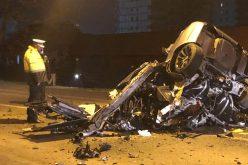 Bistrița: Un tânăr a murit după ce a intrat în plin cu mașina într-un stâlp/ FOTO
