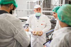 O fabrică de pâine din Câmpia Turzii și-a mărit echipa cu 50 de vietnamezi! Măsura vine în contextul unei crize acute de personal cu care se confruntă angajatorii români
