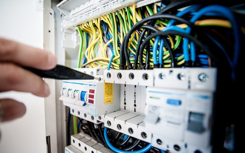 Cum se planifica in mod corect o instalatie de curent electric