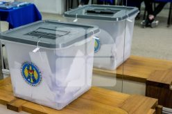 Scrutinul parlamentar din R.Moldova riscă să aibă un rezultat neclar,prelungind criza politică