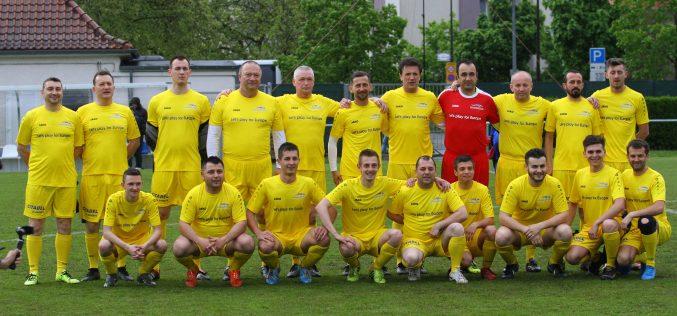FOTO/ VIDEO: Meci de fotbal între delegația Maramureșului și reprezentanții misiunilor diplomatice în Marele Ducat de Luxemburg și ai Comisiei Europene