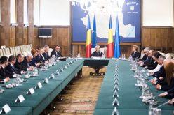 Guvernul discută, marți, directiva UE privind garanțiile pentru copiii inculpați în cauzele penale