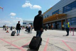 Pentru prima dată în istoria sa traficul de pasageri într-o lună calendaristică Aeroportul Internațional Cluj a depăşit pragul de300.000 de pasageri.