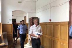 VIDEO   Una dintre persoanele arestate în cazul tinerilor germani legați cu funii, pusă în libertate