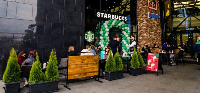A treia cafenea Starbucks din Cluj s-a deschis în Platinia Shopping Center