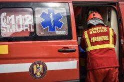 Trei elevi spulberaţi de un camion cu lemne, în Neamţ. Unul dintre ei a murit