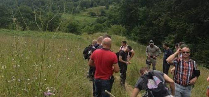 FOTO| Zeci de polițiști, jandarmi și voluntari s-au mobilizat pentru găsirea unui tânăr