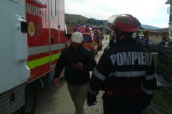 Incendiu la un cămin de bătrâni din Sălicea. Mai multe autospeciale de pompieri și ambulanță intervin – FOTO / VIDEO