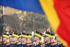 1 Decembrie în orașele din Transilvania: parade militare, fasole, cârnați și concerte în aer liber
