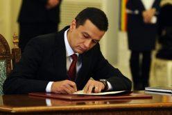 Preşedintele Klaus Iohannis a semnat decretul pentru desemnarea lui Sorin Grindeanu în funcţia de prim ministru