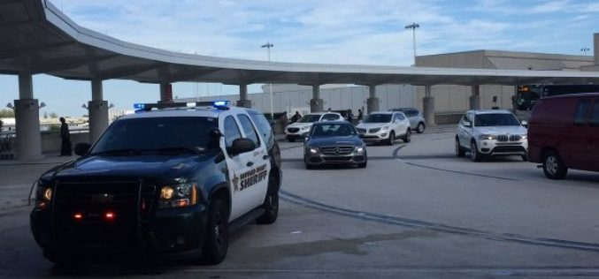 Un atac armat a avut loc pe Aeroportul International Fort Lauderdale-Hollywood dinFlorida.
