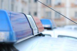 VIDEO: Un polițist a lovit cu autospeciala de serviciu un bărbat căzut pe carosabil