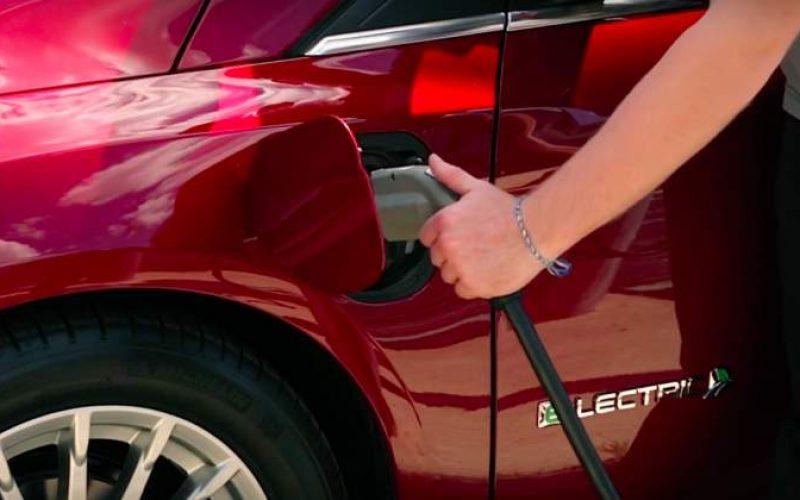 Ford a dezvaluit 7 dintre cele 13 vehicule cu motorizari electrice pe care le va lansa in urmatorii 5 ani