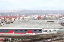 Problema fermei de pui din Floreşti ajunge la Ministerul Mediului. Prefectul de Cluj cere studiu asupra sănătăţii locuitorilor