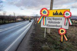 Inițiativa civică maghiară pro plăcuțe îi dă ultimatum lui Boc: Nu pune plăcuțe, n-are ce căuta în 15 martie la Ziua Maghiarilor