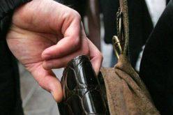 Un clujean s-a transformat în DETECTIV când a văzut o hoață furând un portmoneu în autobuz