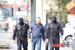 """Polițiști din Blaj, împrumutați de interlopi. Cum funcționa rețeaua """"proxeneților manageri"""" cu fete protejate"""