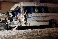 12 persoane au ajuns la spital în urma accidentului din Arad, în care a fost implicat și un microbuz