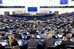 Cât câștigă un europarlamentar pe lună. Ce alte beneficii mai au aleșii în Parlamentului European