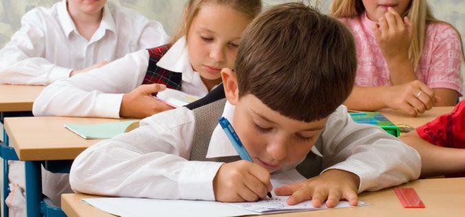 Ministerul Educației: Prima etapă a înscrierii copiilor în învățământul primar începe luni