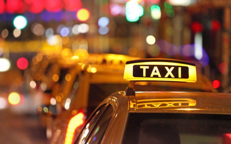 In curand ar putea fi eliberate 200 de licențe de taxi noi pentru cei cu autoturisme electrice. Cine face demersurile …