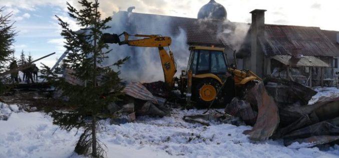 FOTO / VIDEO: Incendiu la Mănăstirea din Mărișel din județul Cluj