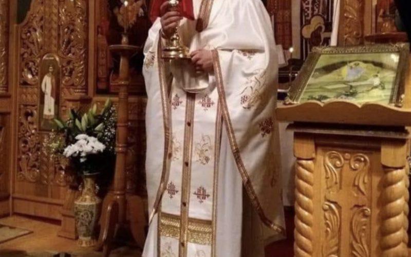 """Slujba de Înviere, de Sfintele Paști. Preot, discuție cu Arafat """"să fim împreună"""""""